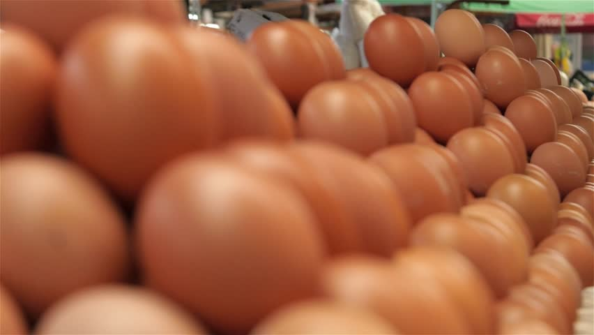 How to Sell Eggs, Chickens and Other Farm Products Quickly